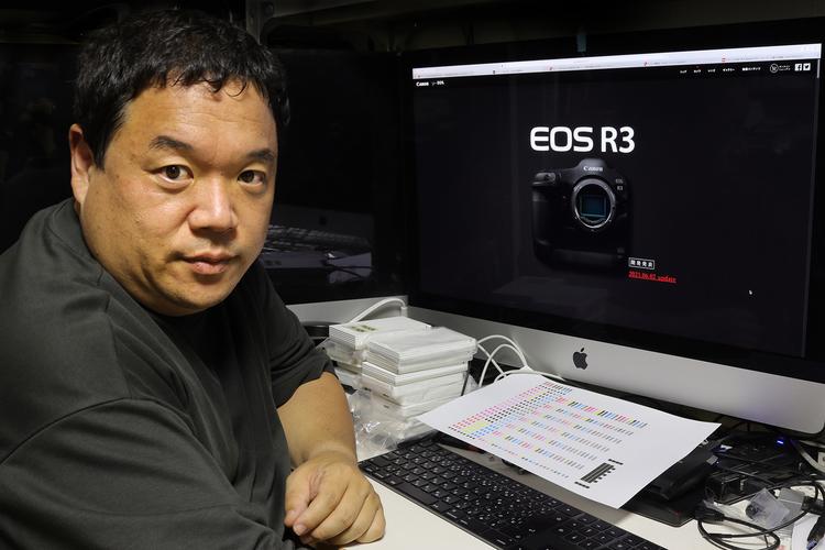 00_写真家の井村淳さんへのEOS R3についてのインタビュー画像.jpg