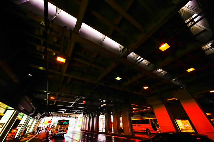 015 大阪 高架下.jpg