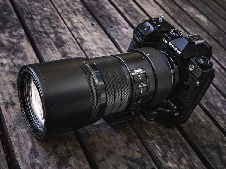 01_オリンパスMZUIKO DIGITAL ED 300mm F40 IS PR製品画像.jpg