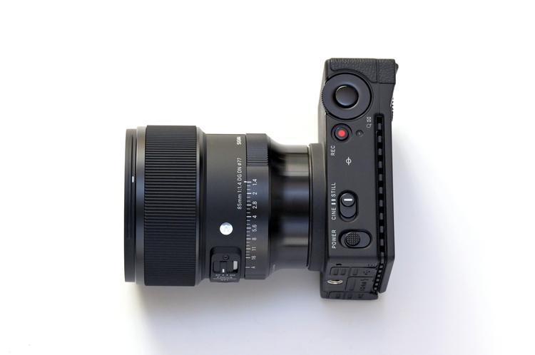 01_シグマ 85mm F14 DG DN  Artの製品画像.jpg