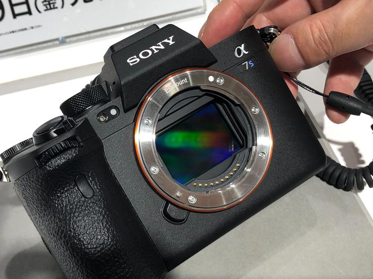 01_ソニーα7S IIIの製品画像.jpg