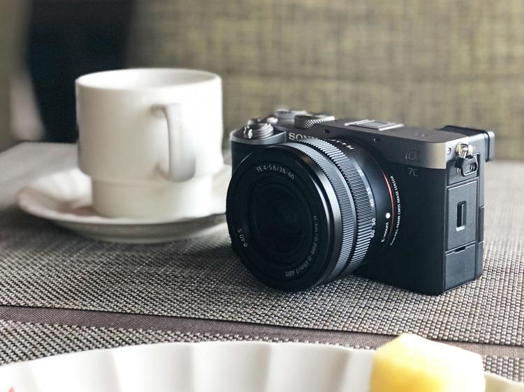 01_ソニー製カメラのα7Cを撮影した画像.jpg