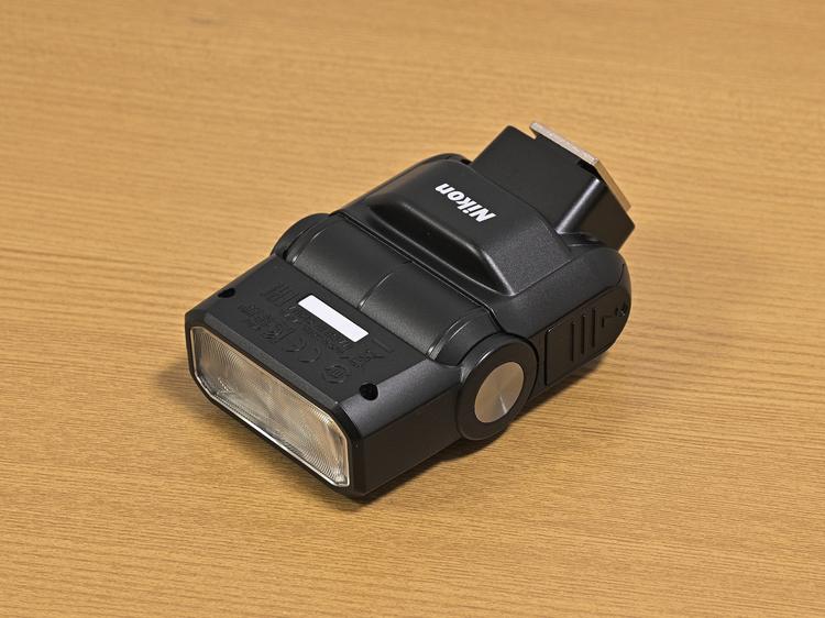 スピードライトSB-300製品画像.JPG