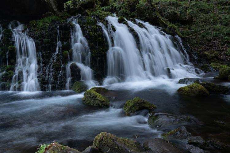 07_1.3秒の滝の作例.jpg