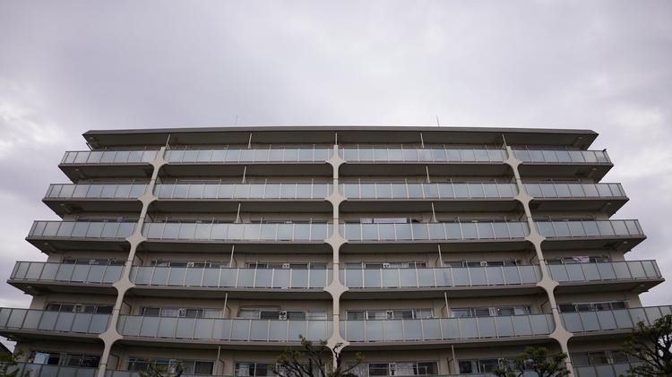 10_タムロン20mm作例建物.JPG