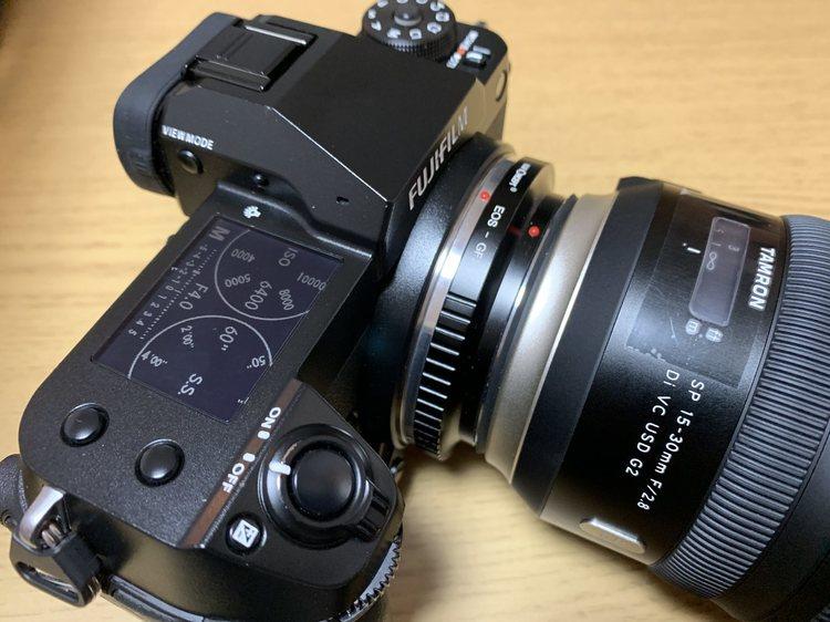 10_GFXのマウントアダプターとEOS用レンズ.jpg