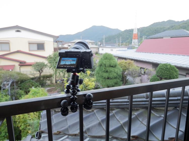 11_ゴリラポッドを使用して撮影している様子.JPG