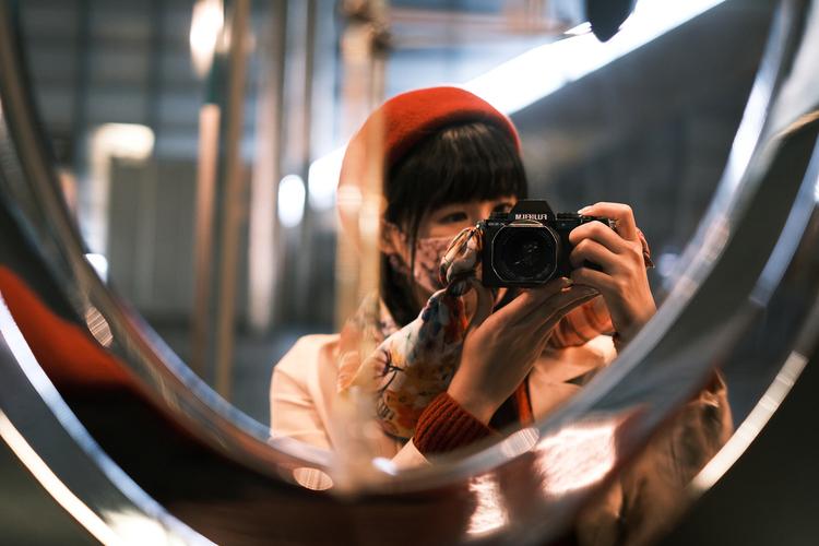 14_撮影している片岡三果さん.JPG