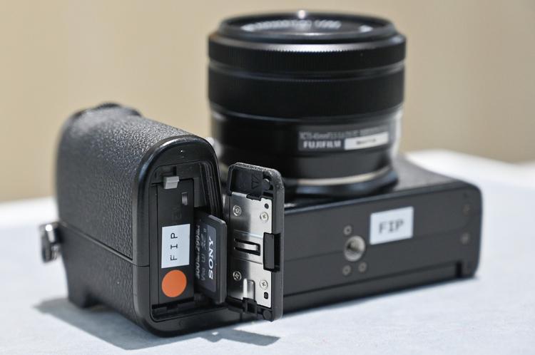 15_X-S10の製品画像.jpg
