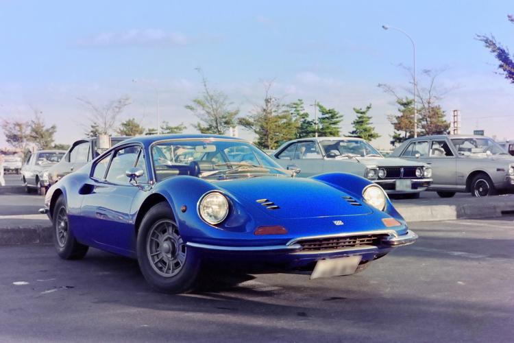 クラシックカーを撮影した写真.JPG