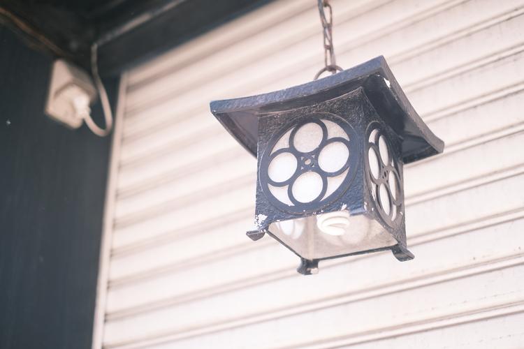 クラシックネガで街灯を撮影した写真.JPG