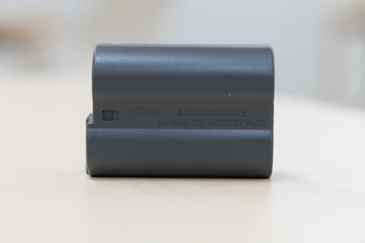 バッテリーオモテを撮影した写真.JPG