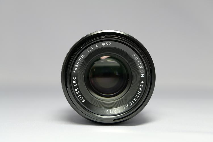 レンズ前玉から撮影した写真.JPG