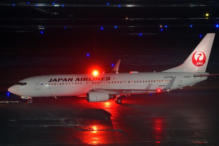 夜の飛行機を撮影した写真.JPG