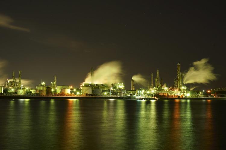 工場夜景_7_太陽光.jpg
