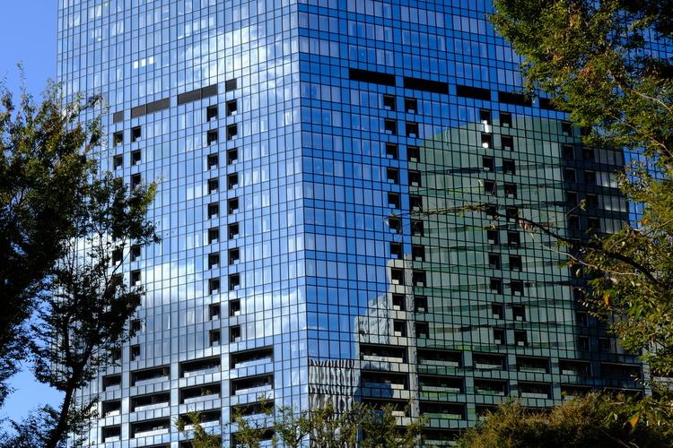 空色のビル画の像.JPG