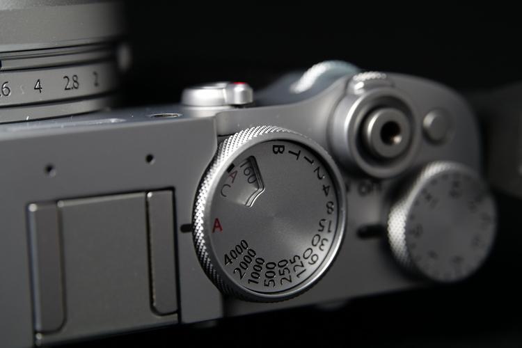 ISOダイヤルを撮影した写真.JPG