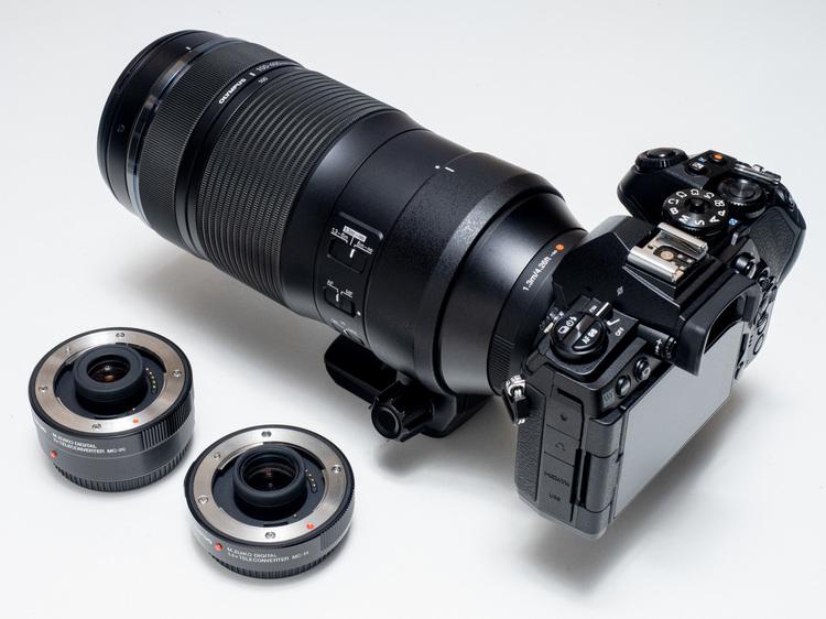 M.ZUIKO DIGITAL ED 100-400mm F5.0-6.3 IS外観3.jpg