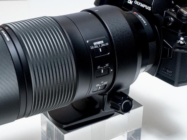 M.ZUIKO DIGITAL ED 100-400mm F5.0-6.3 IS外観4.jpg
