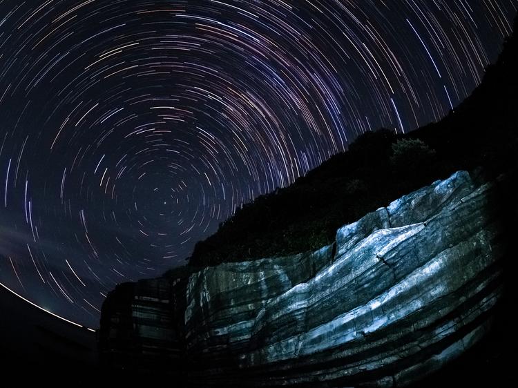 コンポジット合成で制作した星景写真の画像