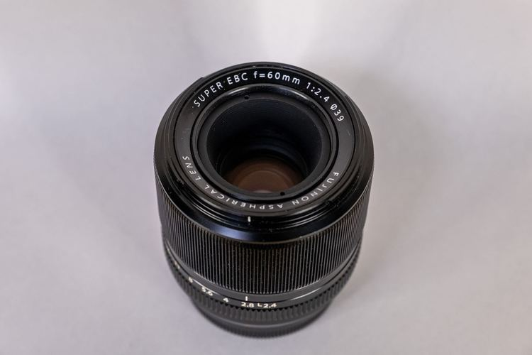 XF60mmF2.4 R Macro外観2
